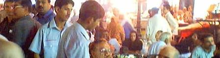 foodstreet.jpg ,pakistan,train karachi express