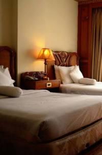 Hotel Hilton Suites Punjab Gulberg.III Near Hussain Chowk