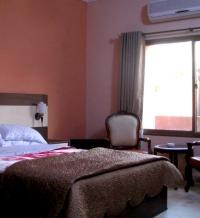 Pameer Hotel Mingora