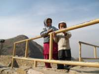 takhtbahichildren_small.jpg