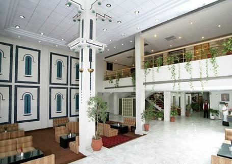 Lobby at the Amer Hote